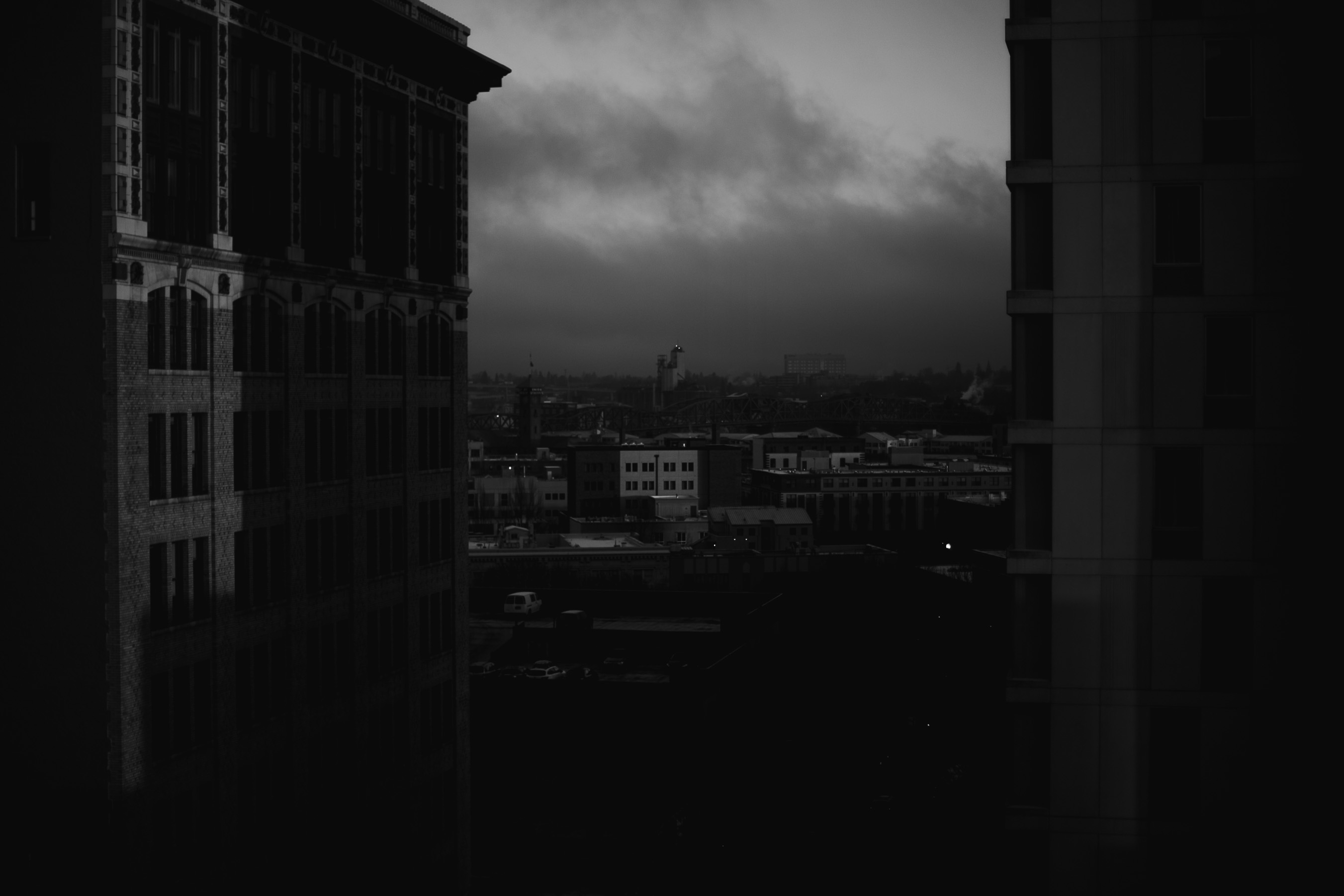 Black and white downtown Portand skyline view
